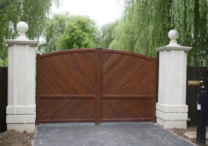 gate repair in Tarzana is affordable with Everest.