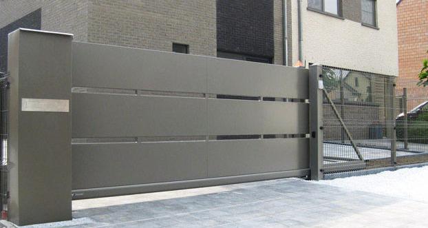 Custom iron gates for Los Angeles homes